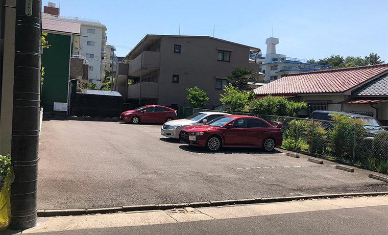 春里駐車場(070)