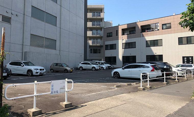 千早駐車場(075)