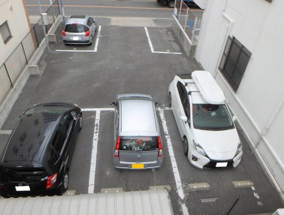 石仏1丁目駐車場(078)